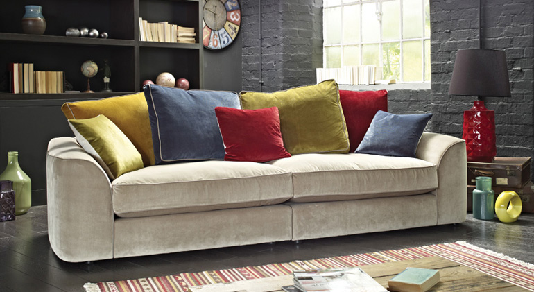 DC Williams amp Son Ashley Manor Jester 4 Seater Sofa