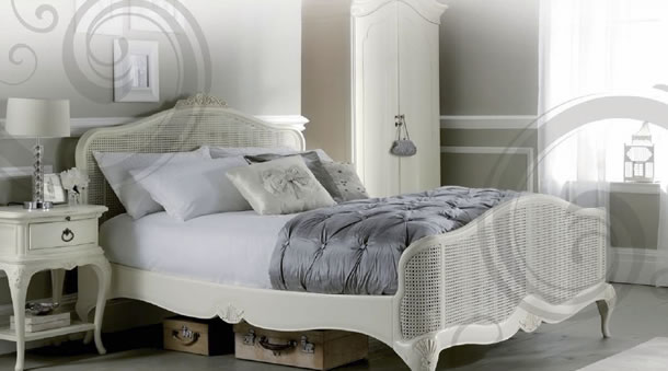 Willis & Gambier Ivory Bedroom Collection